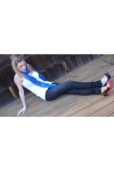 blue Alexander McQueen scarf - black William Rast jeans - white H&M top - black