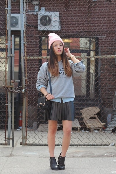 light pink beanie American Apparel hat - black booties Jeffrey Campbell boots