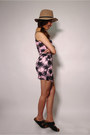 Pink-floral-print-missguided-skirt-black-birkenstock-sandals