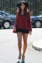 Zara sweater - Mango shoes - H&M hat - Zara bag - Zara shorts