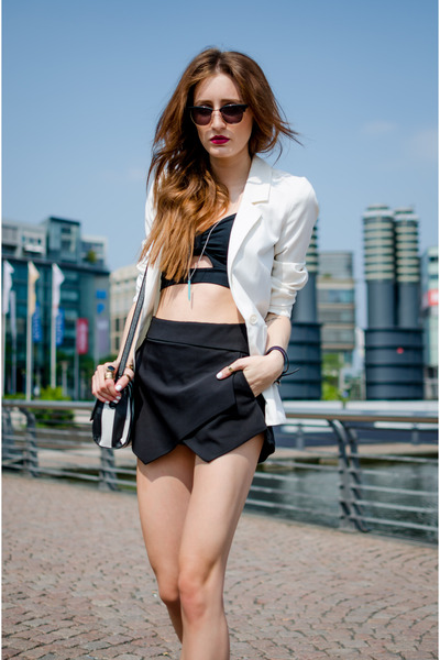 black asos bag - white H&M blazer - black Zara shorts