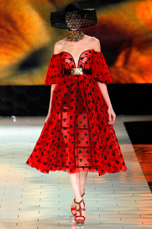 red Alexander McQueen dress - black hat