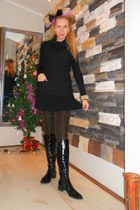 black Zara dress - black boots - black Zara sweater - camel golden Zara leggings