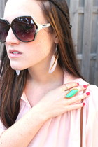 cream free people earrings - light blue 7 for all mankind jeans