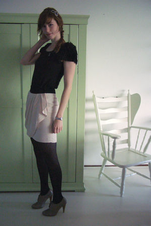 pink H&M skirt - black H&M dress - gray warehouse shoes