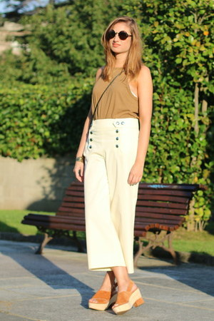 Zara top - Zara pants - Bimba & Lola wedges