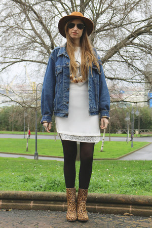vintage Levis jacket - Adolfo Dominguez boots - Massimo Dutti dress - Sfera hat