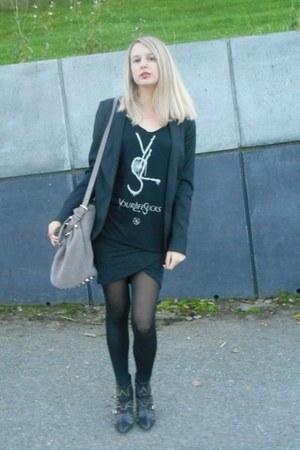 heather gray Alexander Wang bag - charcoal gray Zara skirt