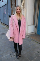 bubble gum Camaïeu coat - bubble gum coach bag - hot pink swarovski necklace