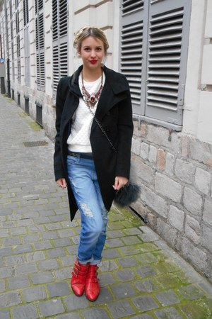 black Zara coat - heather gray pull&bear jumper - ruby red Zara necklace