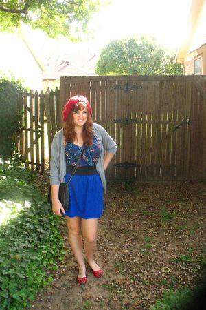 red shoes - blue skirt - top - gray H&M cardigan - red Urban Outfitters hat - bl