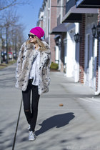 Faux Fur: Casual Chic