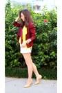Brick-red-vintage-vivienne-westwood-blazer-white-mink-shorts