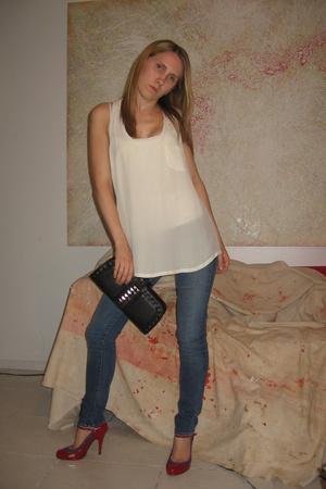 Joie top - J Brand jeans - Pour La Victoire shoes - Zara purse