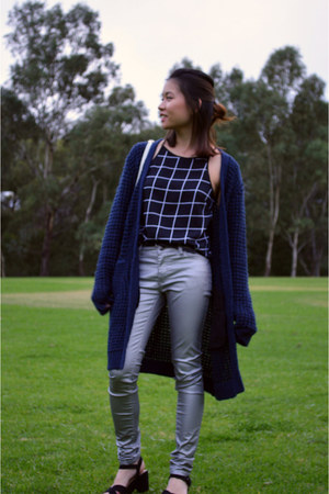navy asos cardigan - silver Sportsgirl pants - black Chase top