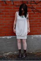 Little Houses dress - Poodlebreath necklace - vintage boots