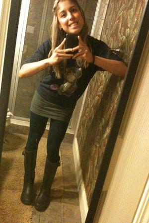 blue Forever 21 shirt - gray Forever 21 skirt - blue Target leggings - black Chi