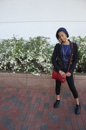 blue pins and needles hat - red vivage purse - sporto shoes