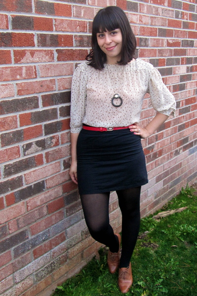 beige vintage blouse - black Urban Outfitters skirt - brown vintage shoes - red 