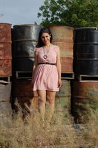 pink modcloth dress - black vintage belt - black vintage necklace - black modclo