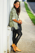 army green military print Old Navy top - black striped Zara top