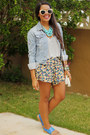 Light-blue-denim-american-eagle-jacket-cream-floral-print-la-hearts-shorts