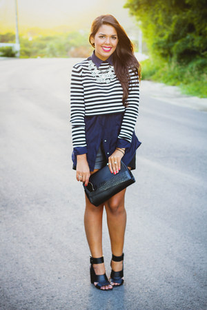 black clutch Zara bag - navy Zara shirt - black leather Forever 21 shorts