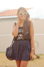 Navy-tartan-zara-skirt-white-converse-sneakers