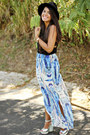 Light-blue-maxi-kendall-kylie-collection-skirt-black-h-m-top