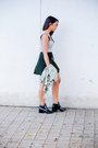 Black-ankle-forever-21-boots-army-green-camo-print-old-navy-top
