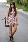 Black-oversized-zara-bag-pink-floral-cropped-nollie-top