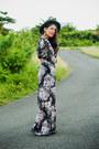 Black-ankle-forever-21-boots-black-maxi-floral-forever-21-dress
