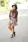 Black-studded-ankle-shoedazzle-boots-salmon-long-sleeve-zara-dress