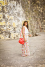 Beige-marshalls-hat-coral-zara-bag-light-pink-floral-maxi-la-hearts