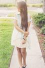 Flats-bcbg-skirt-blouse