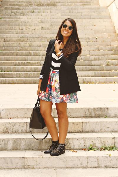 black Zara bag - black Forever 21 blouse - sky blue floral print Zara skirt