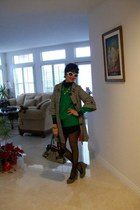 harrods Houndstooth coat - green vintage Green sweater - wolford black tights -