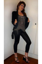 Zara blazer - Zara t-shirt - H&M leggings - Minelli shoes - H&M purse