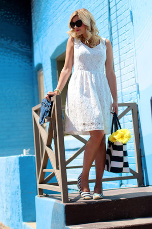 white lace cluny dress - navy tote CWonder bag - navy espadrille Target wedges