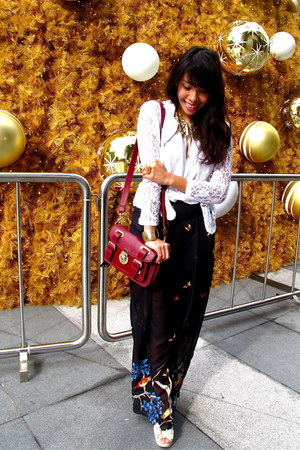 thrifted blazer - H&M scarf - Valleygirl pants - Massimo Dutti belt - Topman top