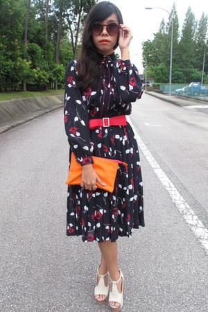 vintage dress - Zara purse - H&M glasses - YSL ring
