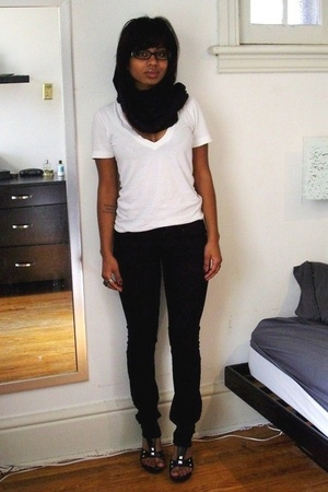 American Apparel scarf - American Apparel t-shirt - versace glasses