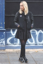 black shiny Dr Martens boots - black Zara dress - black nike coat