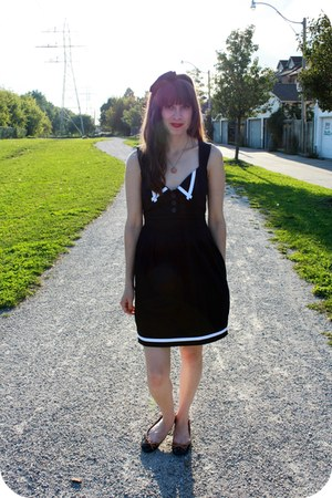 modcloth dress - Forever 21 necklace - Aldo flats