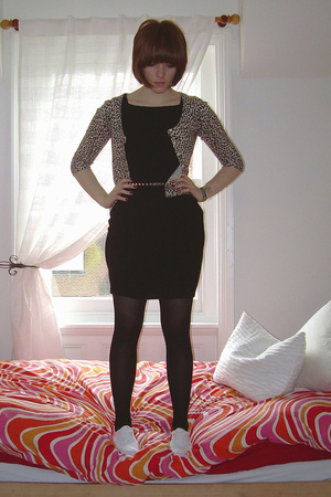 Topshop dress - f21 sweater - Mr Shoes shoes