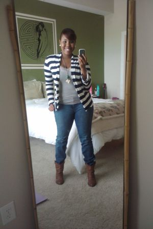 blue jeans - gray top - brown boots - green necklace - blue cardigan