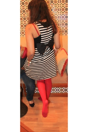 white Bebe dress - black Forever 21 top - pink Forever 21 tights