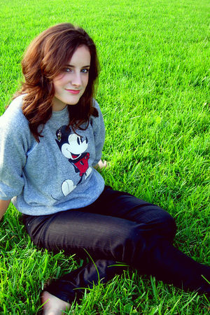 gray Disney sweater - black Forever 21 jeans - silver Forever 21 necklace - silv