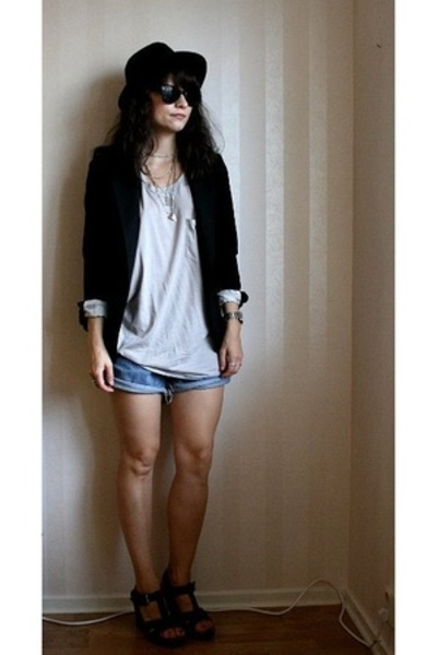 Emilio top - acne blazer - Levis shorts - asos shoes