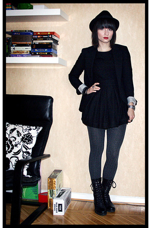 hat - H&M dress - acne blazer - H&M tights - vagabond shoes